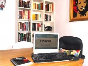 escribiendo funhouse2