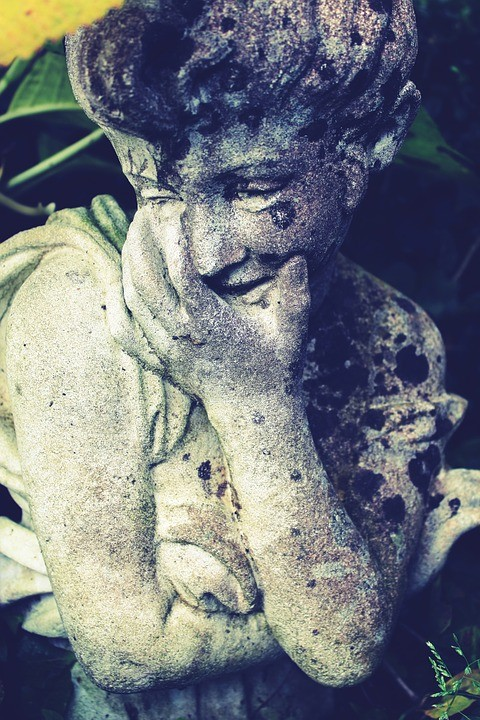 stone-figure-1043424_960_720.jpg